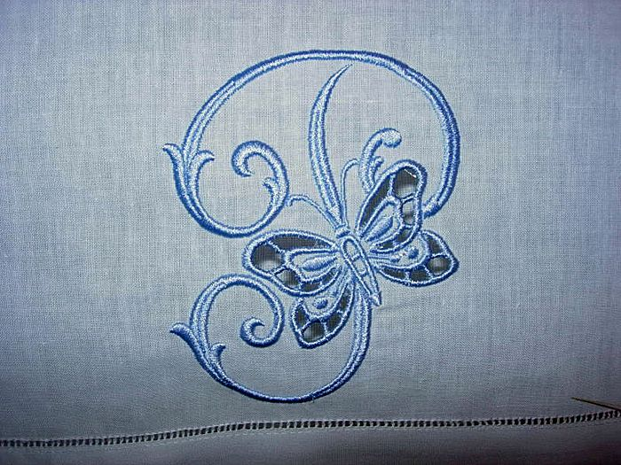 abc  embroidery projects  cutmonogramtowel